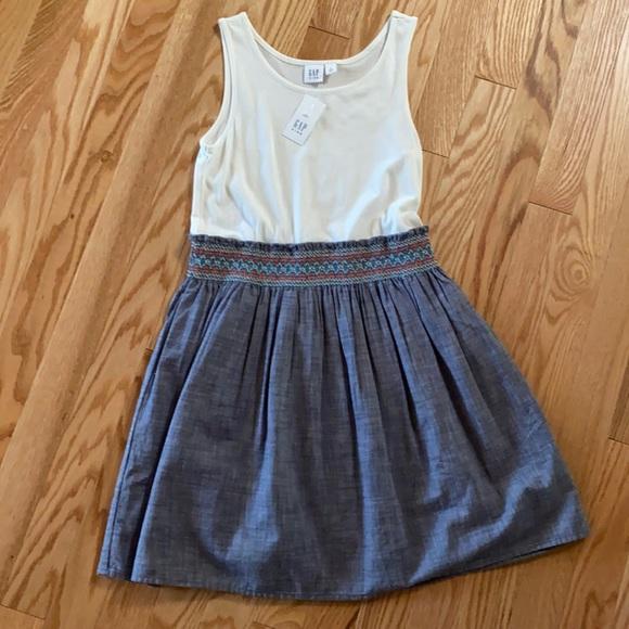 *NWT* Gap Dress - Girls size M